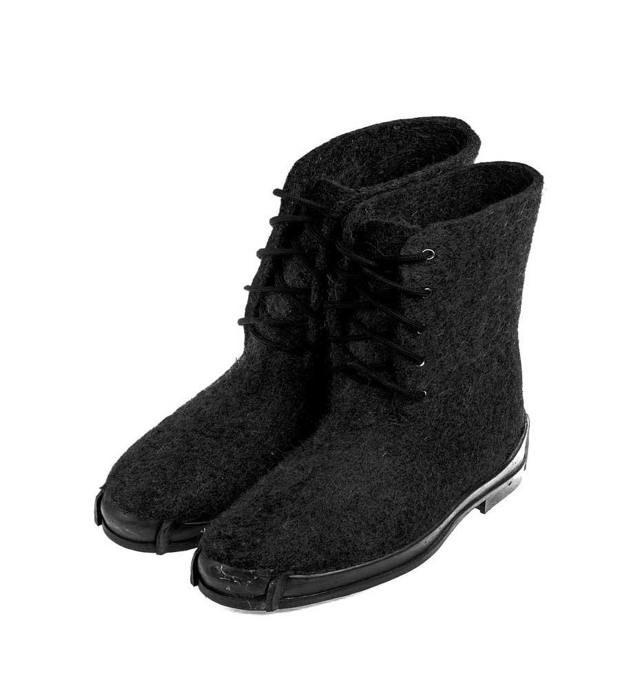 Мужские ботинки на противоскользящей резиновой подошве Нева, цвет черный